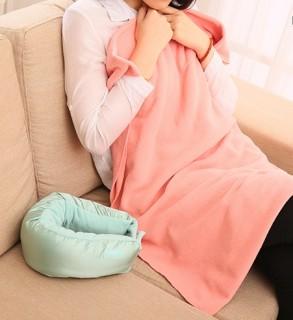 Kelioninė pagalvėlė - pledas