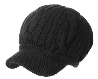 Merino vilnos kepurė su snapeliu