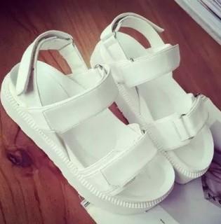 Sportiniai sandalai