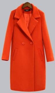 Madingas ir klasiškas moteriškas paltas