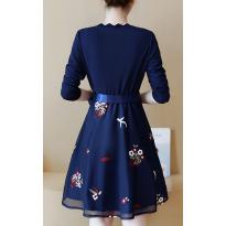 Suknelė su kaspinu